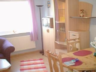 Vacation Apartment in Kiel - great surroundings, lots of activities (# 977) - Schleswig-Holstein vacation rentals
