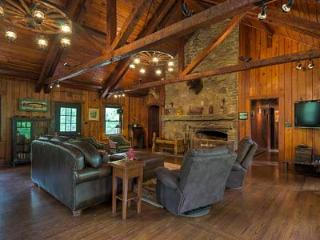 Round Knob Lodge - Old Fort Vacation Rentals - Blue Ridge Mountains vacation rentals
