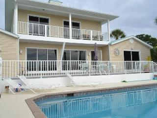 4 Bedroom, 4 Bath Luxury beachfront/1BR guest hse (additional cost - not in pricing) - Fort Myers Beach vacation rentals