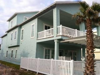 Brand new 6 bedroom, 4/2 bath home in Banyan Beach! PRIVATE POOL!! - Port Aransas vacation rentals