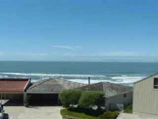 800/Otter's View *OCEAN VIEWS/ SPACIOUS* - Santa Cruz vacation rentals