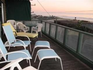 542/Whale Watcher *FULL OCEAN VIEWS* - Santa Cruz vacation rentals
