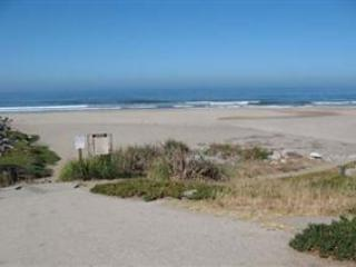 646/Hidden Beach *WALK TO BEACH/ PARK* - Image 1 - Aptos - rentals