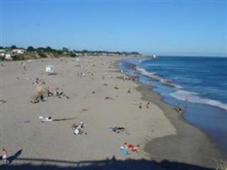 207/Beach Therapy *WALK TO BEACH* - Image 1 - Santa Cruz - rentals
