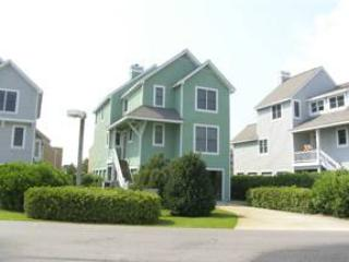 Lovely 3BR with balcony - Sailfish Point #3 - Image 1 - Manteo - rentals