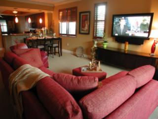 Living Room - Cottage Naples Bay Resort H101 - Naples - rentals