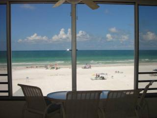 Spectacular view on Crescent Beach, directly on Gulf - 5 South - Siesta Key vacation rentals