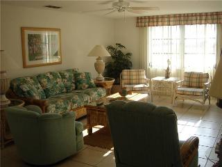 Island House Beach Resort, steps to sandy beached - Villa 11 - Siesta Key vacation rentals