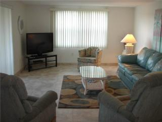 2BR 2B w/ views of the crystal blue Gulf waters - Villa 21 - Siesta Key vacation rentals
