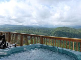Crestview Lodge - Gatlinburg vacation rentals