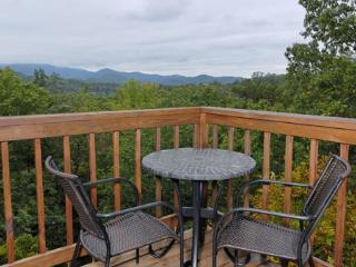 Rachel's Chalet - Gatlinburg vacation rentals