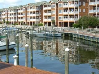 Cozy 3BR w/ - Shallowbag Bay Club #704 - Image 1 - Manteo - rentals