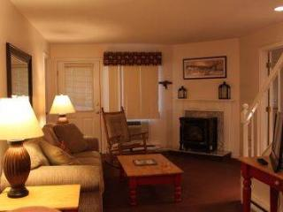 3BR Multi-level condo with balcony, deck - C3 337C - White Mountains vacation rentals