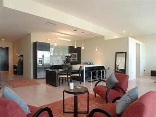 Luxury Downtown 2 Bedroom 2 Bathroom Loft with Pool (2633) - Los Angeles vacation rentals