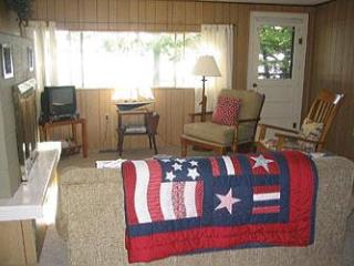 Boat House on Lake Leelanau - Traverse City vacation rentals