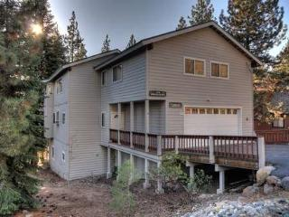 Garibaldi Kings Beach Vacation Rental Home-Hot Tub - Carnelian Bay vacation rentals