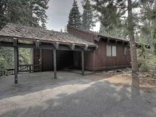 Kirschner Pet Friendly Tahoe Vacation Rental - Carnelian Bay vacation rentals