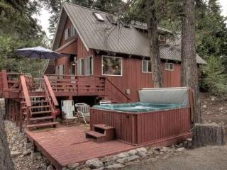 Pfeiffer Lake Tahoe Rental Cabin - Hot Tub - Carnelian Bay vacation rentals