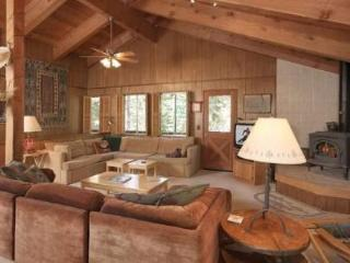 Smith Dog Friendly North Tahoe Vacation Cabin - Carnelian Bay vacation rentals
