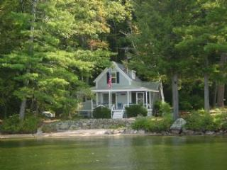 Nice House in Meredith (2 BR/1 BA House in Meredith (409)) - Lake Winnipesaukee vacation rentals