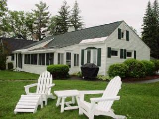 Beautiful 4 BR-1 BA House in Sanbornton (347) - Sanbornton vacation rentals