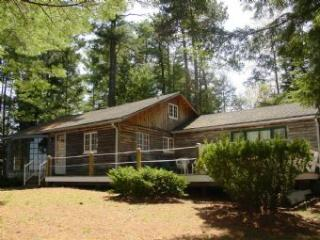 Alton 3 Bedroom-1 Bathroom House (329) - West Alton vacation rentals