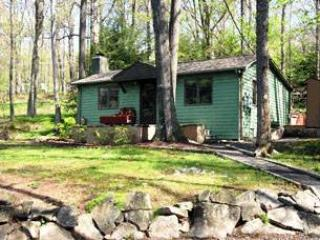 Mountain Escape - McHenry vacation rentals