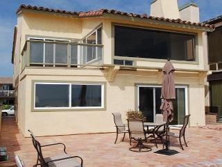 Fantastic Newport Beach Oceanfront Home! (68102) - Newport Beach vacation rentals