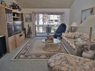 Canyon Granda Two Bedroom #922 - Palm Springs vacation rentals