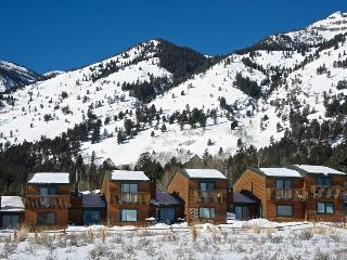 3bd/2ba Eagles Rest 16 - Wyoming vacation rentals