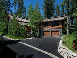 Teton Village 4 BR, 5 BA Cabin (4bd/4.5ba Granite Ridge 3072) - Wyoming vacation rentals