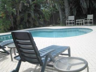 pool area - 405 Bay Palms - Holmes Beach - rentals