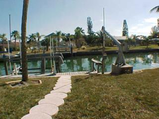 Boat dock with lift - 541 67th Street - Holmes Beach - rentals
