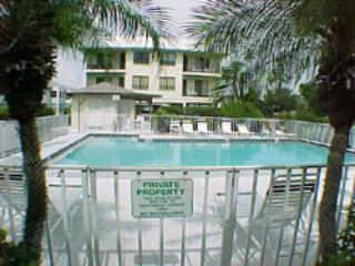 pool - Gulf Watch - Bradenton Beach - rentals