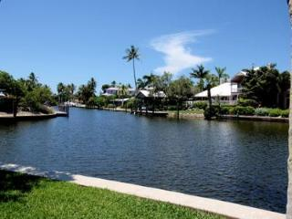 House in Aqualane Shores - H AS 1666 - Naples vacation rentals