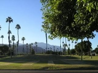 DUR4 - Rancho Las Palmas Country Club - 2 BDRM, 2 BA - Rancho Mirage vacation rentals