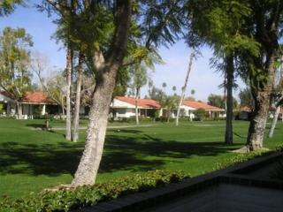JAL4 - Rancho Las Palmas Country Club - 2 Bedroom, 2 Bath - Rancho Mirage vacation rentals