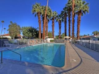ALP108 - Rancho Las Palmas Country Club - 3 BDRM, 2 BA - Rancho Mirage vacation rentals