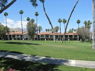 BAR28 - Rancho Las Palmas Country Club - 2 BDRM, 2 BA - Rancho Mirage vacation rentals