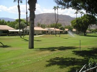 DUR69 - Rancho Las Palmas Country Club - 2 BDRM, 2 BA - Rancho Mirage vacation rentals