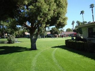 ET68 - Rancho Las Palmas Country Club - 2 BDRM, 2 BA - Rancho Mirage vacation rentals
