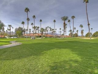 MED31 - Rancho Las Palmas Country Club - 2 BDRM, 2 BA - Rancho Mirage vacation rentals