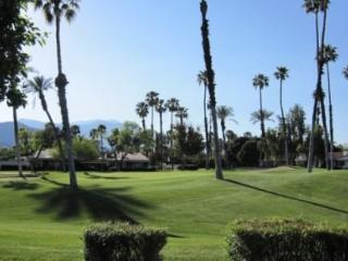PAD2 - Rancho Las Palmas Country Club - 2 BDRM Plus Den, 2 BA - Rancho Mirage vacation rentals
