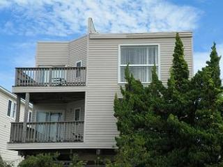 SN8723- House Of The Rising Sun; SEMI-OCEANFRONT! - Outer Banks vacation rentals