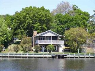 CH1103- Colington Cabin; A TRUE SOUNDFRONT BEAUTY - Kill Devil Hills vacation rentals