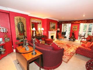 Lansdowne Road, Notting Hill, Sleeps 4. - London vacation rentals