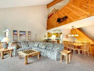 2 Bedroom, 2 Bathroom House in Breckenridge  (11A) - Breckenridge vacation rentals
