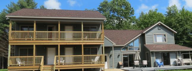 Ten bedroom house - 16 BR, Hot Tub, Snowmobiling/Skiing, Water View - Lake George - rentals