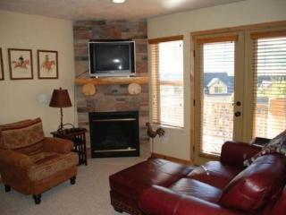 Luxury Condo with stunning views overlooking the Wasatch Mountains - Eden vacation rentals
