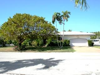 Tarpon's Trail, 2 Bedrooms and 2 baths, Unit 122 - Key Colony Beach vacation rentals